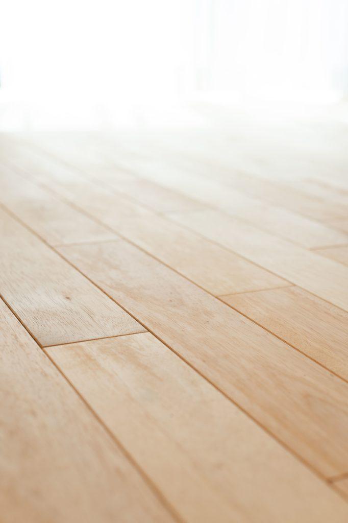 暖かさを感じる無垢の床