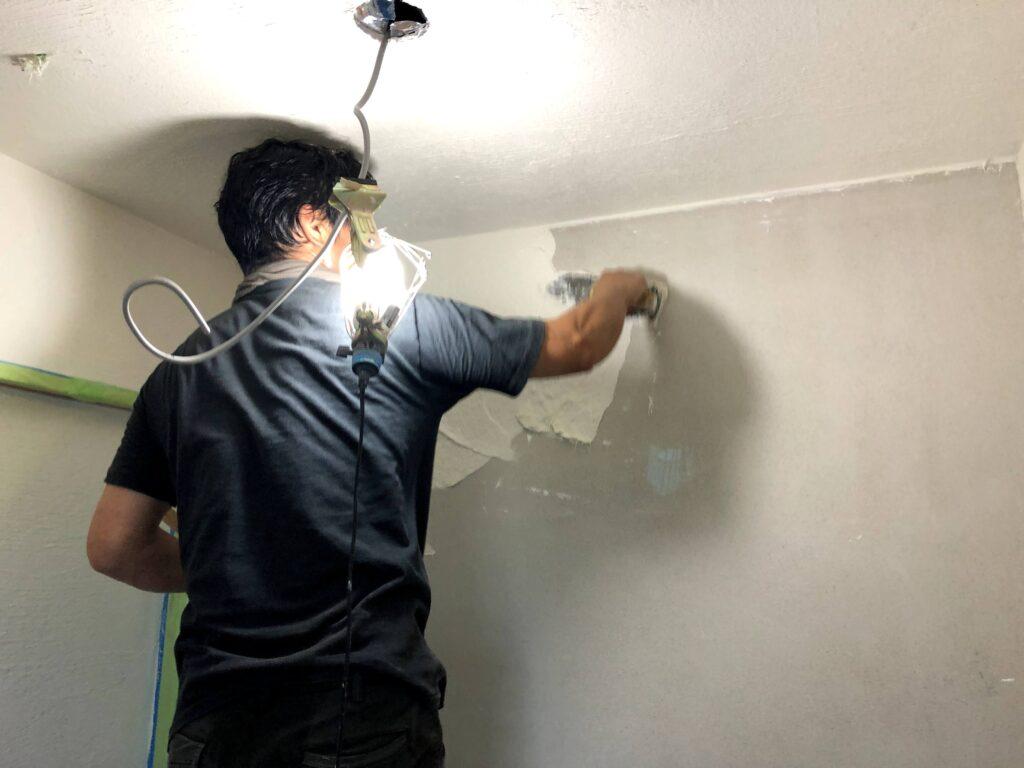 【栗原市 C様邸 新築工事】左官工事:内部上塗り、雨水配管